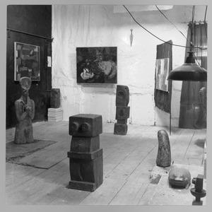Atelier van Kees Heemskerk, 1ste Helmerstraat 107, amsterdam, tijdens expositie van Hamel, Bierman en Pelgrom