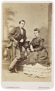 Portret van Izaäk Everts (1844-1916) en Maria Anthoinette Krantz (1849-1926)