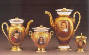 Koffie- en theeservies met portretten van beroemde schilders, bestaande uit een koffiekan, theepot en suikerpot en twintig kopjes. Hier afgebeeld (afb. 1): Jan van Goyen, David Teniers II, Anthony van Dyck, ?, (afb. 2) Peter Paul Rubens, David Teniers II (id.), Frédéric Théodore Faber en ?