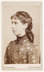 Portret van Dina Cornelia de Génestet (1857-1935)