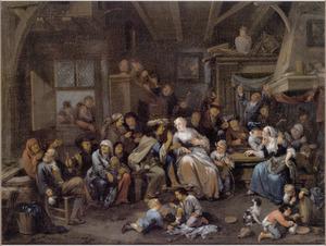 Grote groep feestvierders in een herberg