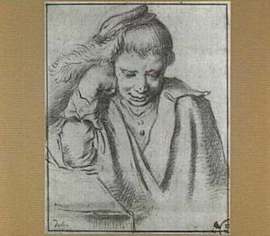 Zittende jongen met pet,  ten halven lijve, steunend op zijn rechterarm