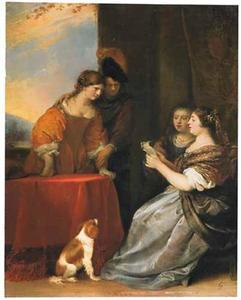 Elegant gezelschap met brieflezende vrouw