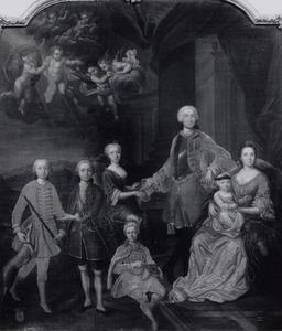 Portret van Jan Pieter Speyart van Woerden (1712-1794), Henrietta Theodora Ferdinanda Petronella Catharina van Hoevel (1719-1790) en hun kinderen