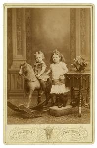 Portret van Alexandrine Woltera Elias (1876-1963) en Gerhard Joan Elias (1879-1951)