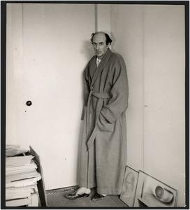 Jacob Bendien in een kamerjas