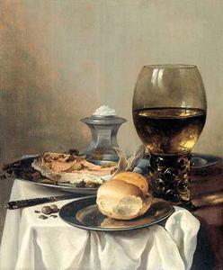 Stilleven met roemer, moot zalm, brood en tinnen vaatwerk en bestek met zoutvat