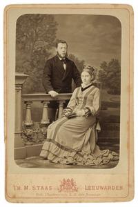 Portret van Willem Dignus Gratama (1853-1915) en Maria Wilhelmina Hofstede (1856-1939)