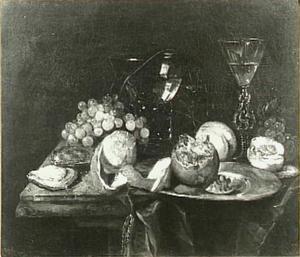 Stilleven met fruit, geschilde citroen, roemer, glas