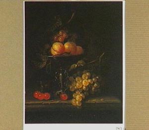 Vruchtenstilleven met tazza
