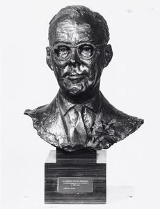 Portret van Bernhard van Lippe -Biesterfeld (1911-2004)