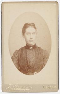 Portret van een persoon genaamd Dina Wilhelmina de Stoppelaar (1845-1907)