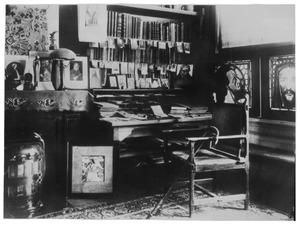 Hoek van het atelier van J. Toorop in de van Merlenstraat, Den Haag