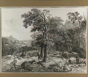 Jacht op een everzwijn in een boomrijk heuvellandschap