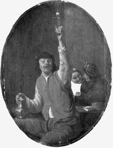 Zittende man met geheven wijnglas