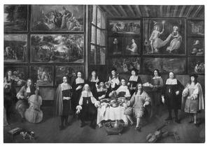 Groepsportret in een kunstgalerij