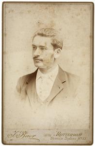Portret van Gerardus Cornelis van den Bos (1867-1956)
