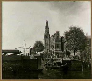 Amsterdam, de Haarlemmer Sluis en de Haringpakkerstoren gezien vanaf het Singel