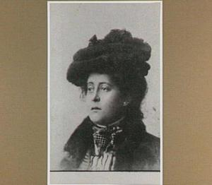 Portret van de schilder Agathe Johanna Wegerif-Gravestein