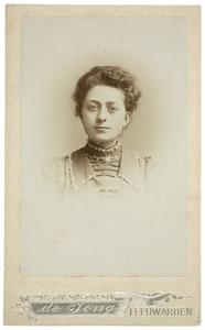 Portret van Gerbrig Aafke Heeg (1882-1940)