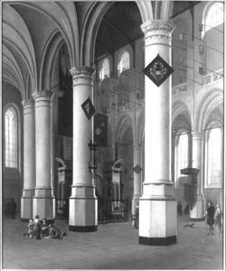 Interieur van de Nieuwe Kerk te Delft met het praalgraf van Willem I van Oranje