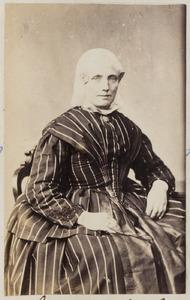 Portret van een vrouw uit familie Lettinga