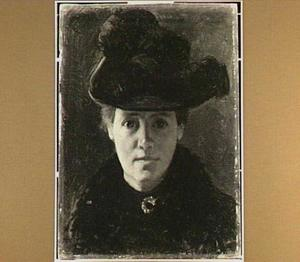 Portret van een dame met een gevederde hoed