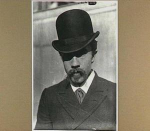 Portret van de schilder Eduard Karsen