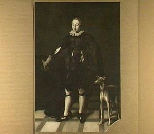 Portret van een jonge man met een hazewindhond