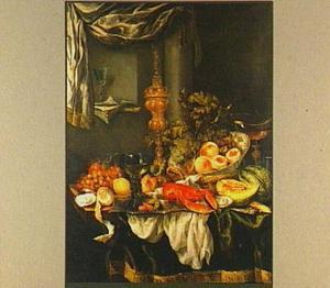 Stilleven met fruit, zilver- en glaswerk, kreeft en wijnglazen, met muziekboek en blokfluit