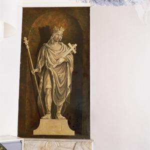 Standbeeld van Lodewijk de Heilige in een nis