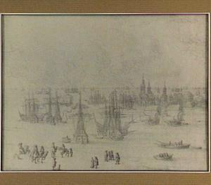 Schepen op zee bij een havenstad