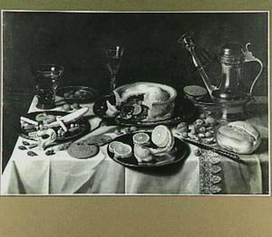 Stilleven met pastei, citroen, zoetigheid en een Jan Steen-kan