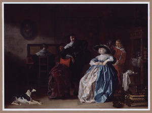 Elegant gezelschap converserend en musicerend in een interieur met een bediende die wijn inschenkt