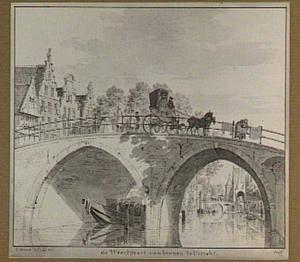 De Oudegracht te Utrecht; gezicht onder de Jacobsbrug naar de Weerdpoort