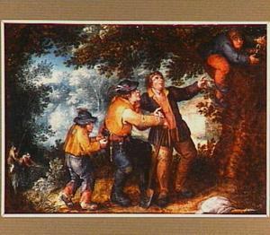 Vier jongens in een bos, één haalt een nest met jonge vogels uit een boom