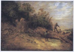 Duinlandschap met twee houthakkers aan de bosrand