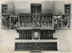 Het Laatste Avondmaal, de intrede in Jeruzalem, Christus in Gethsemane (binnenzijde linkerluiken); De gevangenneming, de geseling, de kruisdraging, de kruisiging, de kruisafneming, de graflegging, de opstanding (middendeel); Hemelvaart, Pinksteren (binnenzijde rechterluiken)