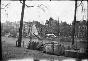 Gezicht op de Haringvliet te Rotterdam