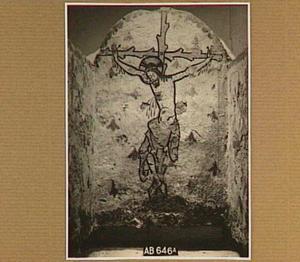 Grafschildering met Christus aan het kruis