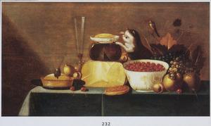 Stilleven van vruchten, kazen, en een pastei, met een jonge poes