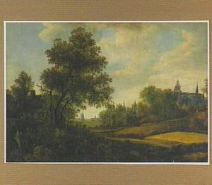 Landschap met korenvelden; in de verte gebouwen
