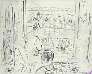 Vrouw voor opengeslagen balkondeuren zittend
