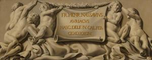Putti die een cartouche ophouden met daarop de geboortedatum van prins Frederik Hendrik