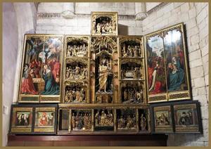 De aanbidding van Christus door de herders (binnenzijde linkerluiken); De geboorte van Johannes de Doper, de gevangenneming van Johannes de Doper, de doop van Christus, de onthoofding van Johannes de Doper, het feest van Herodus, de begrafenis van Johannes de Doper, Johannes de Doper met boek en lam (middendeel); De aanbidding van de Wijzen (binnenzijde rechterluiken); Hieronymus met stichers (binnenzijde linker predellaluiken); Christus wast de voeten van de apostelen, Het Laatste Avondmaal, de bewening (predella); Augustinus met schichters (binnenzijde rechter predellaluiken)