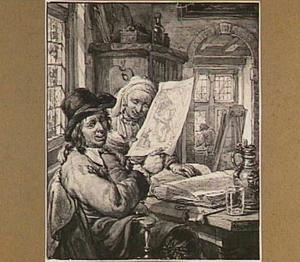 Prenten bekijkende figuren in interieur met schildersattributen