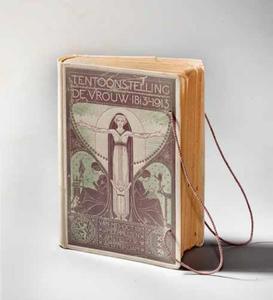 Omslag voor het programmaboekje van de tentoonstelling 'De Vrouw 1813-1913'