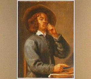 Jonge man snijdt tabak