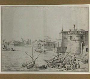 Gezicht op het kasteel en de haven van Civitavecchia