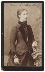 Portret van Roelofje Spanjaard (1862/1863-1938)